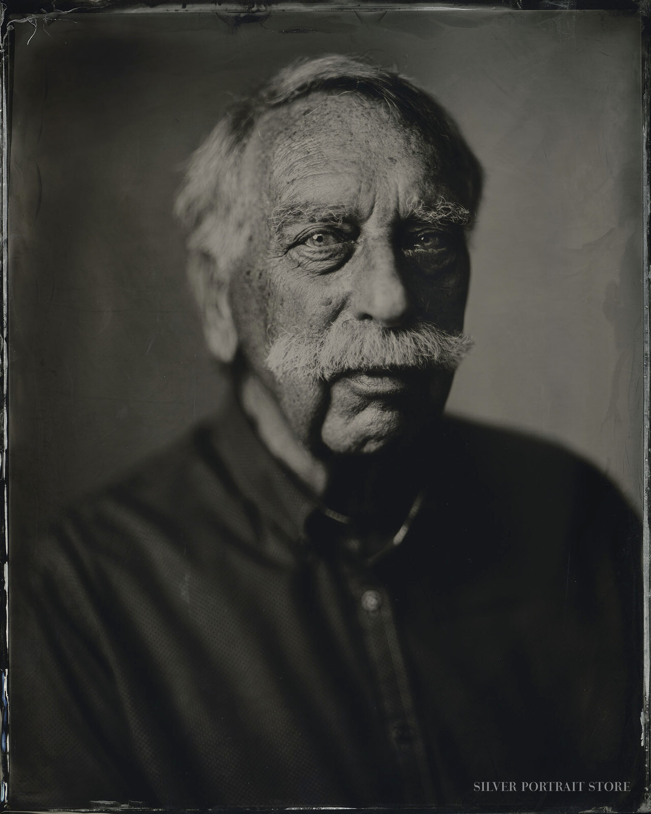 Frits-Silver Portrait Store-Wet plate collodion-Tintype 20 x 25 cm.